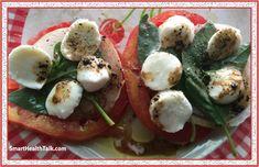 Picture Genetically Modified Food, Health Talk, Organic Fruit, Heirloom Tomatoes, Food Labels, Balsamic Vinegar, Caprese Salad, Organic Recipes, Favorite Recipes