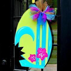 Summer Door Hanger: surfboard Door Decoration by LooLeighsCharm Letter Door Hangers, Burlap Door Hangers, Wooden Hangers, Front Door Signs, Front Door Decor, Cruise Door Decor, Spring Door, Wood Cutouts, Wooden Doors