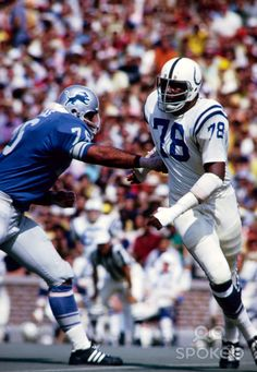 1971 Baltimore Colts Season   Baltimore Colts defensive end Bubba Smith (78) School Football, Nfl Football, Football Players, Baseball, Baltimore Colts, Indianapolis Colts, Nfl Hall Of Fame, Tough Guy, Vintage Football