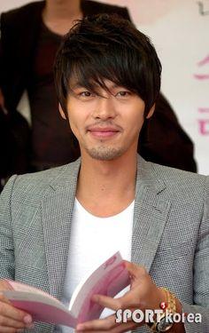 Hyun Bin Agrees to Replace Jang Hyuk in the Secret Garden … - Modern Hyun Bin, The Secret Garden, Ha Ji Won, Jang Hyuk, Man Character, Korean Artist, My Crush, Asian Men, Korean Actors