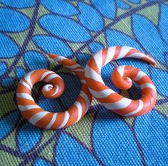 "25% Off 4g gauge Orange & White Candycane Spiral Earrings 5mm 1"" Inch Diameter Spirals Unique Handmade OOAK Candy Canes"