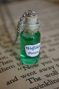 Harry Potter Potion Wolfsbane Vial Necklace by spacepearls, $12.00