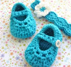 Crocheted Baby Shoes - Mary Jane Booties and Flowered Headband - Turquoise Baby Girl Shower Set - Infant 0 to 3 Months Size - Gift Boxed