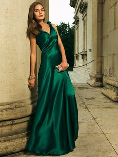 Green Crepe Satin Dress...love this color *and* her hair