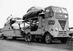 CCI's version of the Dodge-based, custom-made rig was named the Skyscraper. Two cars rode on the truck chassis with another three on the tag. Big Rig Trucks, Dodge Trucks, Semi Trucks, Cool Trucks, Cool Cars, Dodge Diesel, Diesel Trucks, Rolling Coal, Antique Trucks