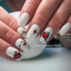 This Cute White Nail Art Design. A cute owl starring at the red cherries will never catch a vision without this white background color. Owl Nail Art, Owl Nails, Xmas Nails, Minion Nails, Beautiful Nail Art, Gorgeous Nails, Pretty Nails, White Nail Art, White Nails