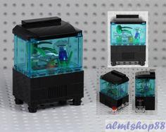 LEGO-Aquarium-Fishtank-w-Jellyfish-Fish-Food-Minifigure-Animal-Ocean-Water