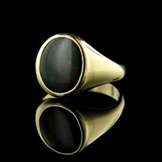 Do you love this 14K yellow gold bloodstone ring as much as we do?!