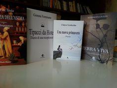 """""""Le Parche Edizioni"""" offre una produzione editoriale di alta qualità... Receptionist, Cover, Books, Instagram, Livros, Livres, Book, Blankets, Libri"""