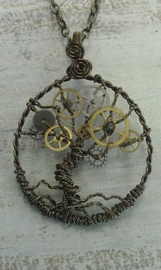 Steampunk Tree of Time Wire Wrapped Necklace with Watch Gears Tree of Life Chat Steampunk, Style Steampunk, Steampunk Costume, Steampunk Fashion, Steampunk Clothing, Fashion Goth, Steampunk Gears, Steampunk Witch, Steampunk Crafts