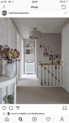 The house is finally looking a bit more Autumnal thanks to some lovely pieces that arrived from the new Autumn/Winter range. Entrance Hall Decor, Small Entrance Halls, Stairway Decorating, Decorating Ideas, Flur Design, Hallway Inspiration, Hallway Designs, Hallway Ideas, Living Room Decor