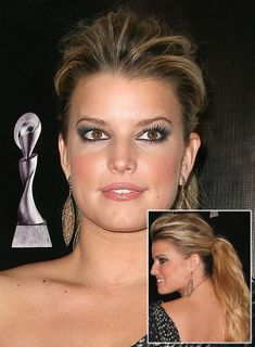 Jessica Simpson Long, Chic, Blonde Ponytail     I like the poof