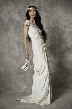 Reiki – Freya Rose London 2015 Hanami Couture Collection. www.theweddingnotebook.com