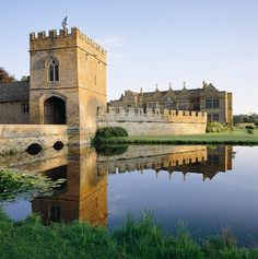 Situated on the border of Oxfordshire, Broughton Castle is surrounded by a three acre moat, and set amongst the scenic parkland of Broughton park.