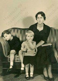 German Royal Family, Greek Royal Family, Queen Victoria Prince Albert, Princess Victoria, Oldenburg, Otto Von Bismarck, Royal Monarchy, Greek Royalty, Royal Families Of Europe