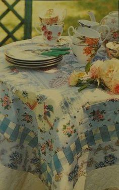 Unique Trendy Tablecloths