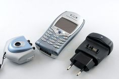 2002 - Sony Ericsson T68i - mit Kamera und Reiselader  #SonyEricsson #T68i…