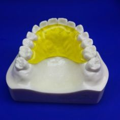 Buy Hawley Retainers Online - Retainer after Braces | CustomTeethDevices.com