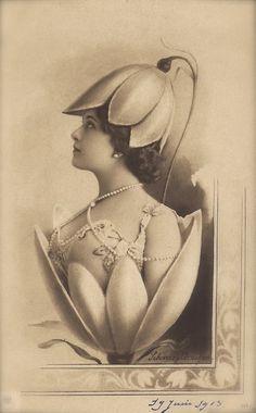 Lina Cavalieri, Famous Edwardian Italian Opera Star Art Nouveau Floral Fantasy Photomontage Original Rare 1900s German Jugendstil Postcard