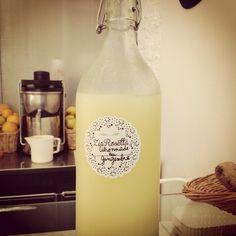 Chiaramente se Pascaline fa la limonata, diventa: Citronade au gingembre :D
