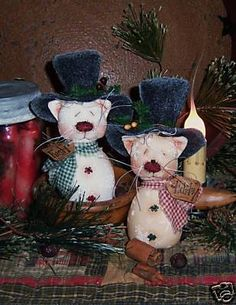 Primitive Mouse with Old Quilt Stocking Patti/'s Ratties Paper Pattern #243