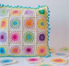 Transcendent Crochet a Solid Granny Square Ideas. Inconceivable Crochet a Solid Granny Square Ideas. Crochet Cushion Cover, Crochet Pillow Pattern, Crochet Motifs, Crochet Cushions, Crochet Squares, Crochet Granny, Crochet Afghans, Granny Squares, Crochet Home