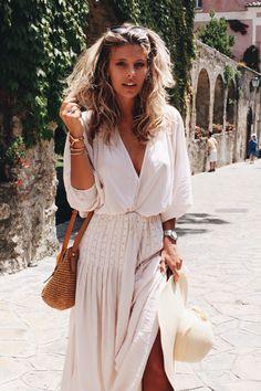 Summer Fashion Tips .Summer Fashion Tips Tash Oakley, Boho Mode, Italy Outfits, Look Boho, Italy Fashion, Vacation Style, Travel Style, Maxi Dress With Sleeves, Mode Inspiration