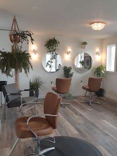 Home Beauty Salon, Home Hair Salons, Hair Salon Interior, Beauty Salon Decor, Salon Interior Design, Home Salon, Salon Design, Rustic Salon Decor, Esthetics Room