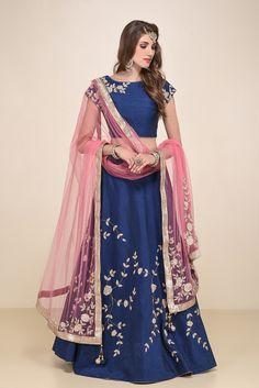 Blue Lehenga Set With Pink Dupatta Lehenga Top, Blue Lehenga, Lehenga Style, Bridal Lehenga, Mehendi Outfits, Bridal Outfits, Indian Attire, Indian Wear, Patiala Salwar