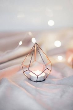 Candle Holders Wedding, Diy Candle Holders, Diy Candles, Terrarium Wedding, Glass Photography, Boho Vintage, Copper Wedding, Wedding Decorations, Table Decorations