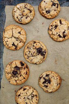 No Bake Cookies, Cookies Et Biscuits, Gooey Cookies, Baking Chocolate Chip Cookies, Chocolate Chips, Chocolate Buttons, Baking Cookies, Chocolate Treats, Chocolate Recipes