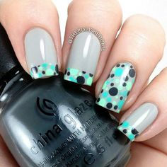 cool teal dotted tips & accent