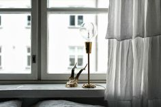 RAW Design blog: Vintage lamp + skull