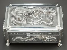Zee Wo Chinese Export Silver Box ca. 1900.