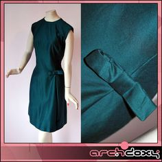 Vintage 1960s Bottle Green MOD Wool Superb Sweet Little Twiggy Cocktail Dress 14