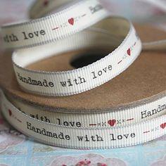 'hecho a mano diseño de ángel con corazón' diseño de corazones y besos 3 metros de cinta de Navidad East of India http://www.amazon.es/dp/B00NJ40NI8/ref=cm_sw_r_pi_dp_uhLGwb0SGM4MX