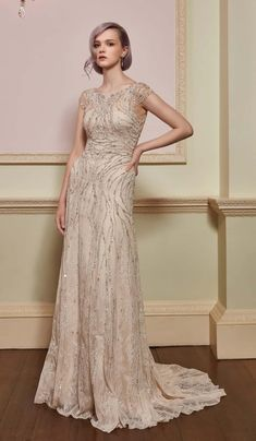 Jenny Packham Euphoria luxury bridal gown 2017 Collection - Price Designer wedding dresses at The Wedding Shop showroom in Colchester Essex. Size 12 Wedding Dress, Wedding Dress Prices, Colored Wedding Dresses, Bridal Wedding Dresses, Designer Wedding Dresses, Jenny Packham Wedding Dresses, Jenny Packham Bridal, Vestidos Vintage, Bridal Collection