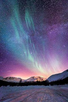 Northern Norway aurora boreal is Beautiful Sky, Beautiful World, Beautiful Places, Beautiful Pictures, Beautiful Norway, Amazing Places, Beautiful Scenery, Beautiful Lights, Aurora Borealis