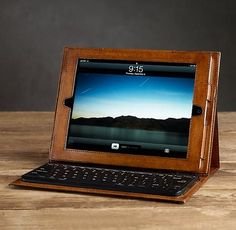 Artisan Leather Ipad® Cover With Bluetooth® Keyboard Chestnut