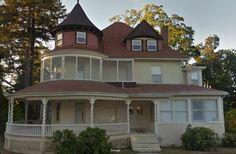 1888 Queen Anne - Springfield, MA - $139,900