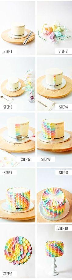 Cake Decorating / decoración de torta de pétalos de colores