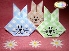 Learn how to make this origami bunny ideal for Easter at.....Aprende a hacer este lindo conejito de origami ideal para pascua en http://origamimaniacs.blogspot.jp/2013/03/origami-easter-bunny.html