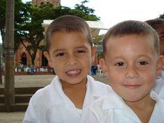 Niños Magdalena Medio