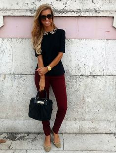 Love the dark red skinnies and black top with leopard collar.