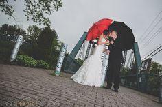 wedding pictures with umbrellas   Katelyne + Mark   Riverview Simsbury, CT Modern Wedding Photographer ...