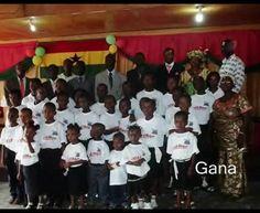 DEUS É AMOR EM GANA-ÁFRICA