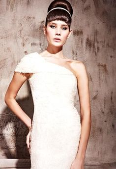 Rice White One-shoulder Figure Flattering Prom Dress 81138