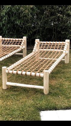 Lie down on natural materials - garden - Outdoor Furniture Ideas - Garten Outdoor Furniture Plans, Lawn Furniture, Handmade Furniture, Furniture Projects, Furniture Design, Modular Furniture, Farmhouse Furniture, Plywood Furniture, Pallet Furniture