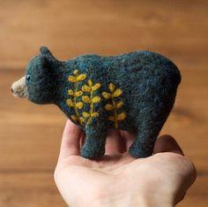 Botanical Bear Needle Felted Soft Sculpture Felt by GreyFoxFelting Needle Felted Animals, Felt Animals, Felt Crafts, Fabric Crafts, Needle Felting Tutorials, Wet Felting, Felt Toys, Soft Sculpture, Felt Art