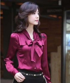 Elegant Woman s Career OL Bow Dress Suit Ruffled Chiffon Shirt Blouse Tops Ladies Shirts Formal, Looks Chic, Satin Blouses, Women's Blouses, Ruffle Collar, Chiffon Shirt, Shirt Skirt, Elegant Woman, Vintage Shirts